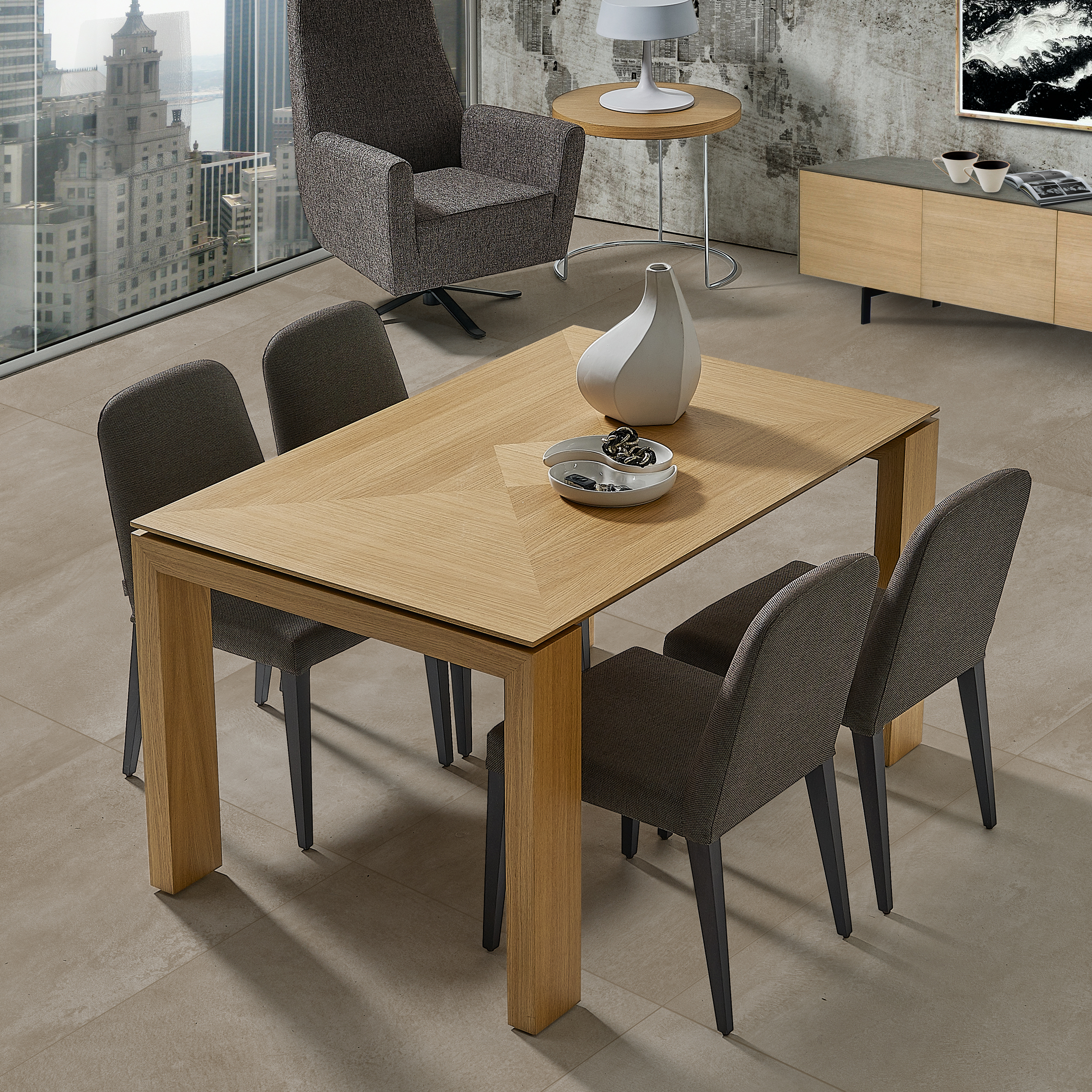 DOOS. Casia S01 chair. Global table.